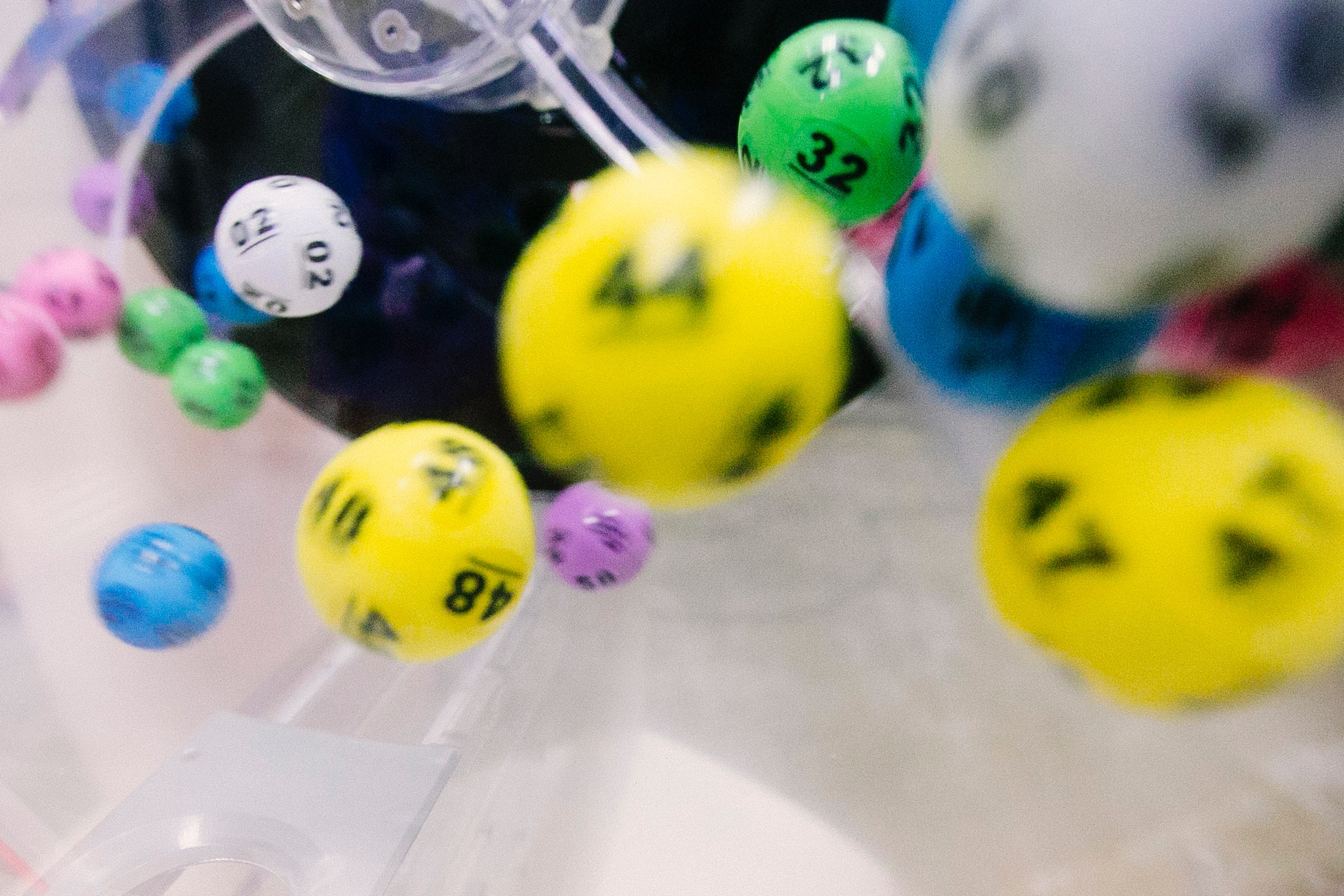 Online Lottery Predictions and Strategies